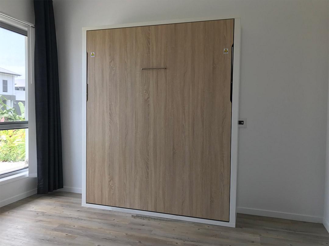Vertical Tilting Bed - Close